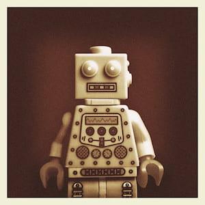 Lego-robot - kaptainkobold @ Flickr, CC by-nc-sa